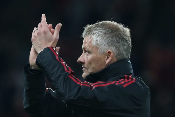 """Manchester United had just beaten West Ham United narrowly in the English Premier League before being drawn together again in the Carabao Cup, where the two teams rested almost the whole set. And sent the reserves into the field almost all but just 9 minutes, it was Manuel Lanzini who scored a goal for West Ham United to lead first, although Manchester United will try to score a goal in the equalizer. The rest of the time, but in the end, it was West Ham United who narrowly won. In which Ole Gunnar Solskjaer was upset with the result of the match and it was not so good that the engine was so slow that the team had to concede a goal early in the game, with Ole Gunnar Solskjaer giving an interview that """"Once again we were very slow and conceded quickly and then we started to play better in sequence but the stats on the pitch mean nothing if we don't score, though. Son Greenwood will come down and put a lot of pressure, but it's still not enough."""" """"Even though I'm not happy with the result but we have to go through and I don't blame the team because everyone played to the standard and the attitude of all the players was excellent, just the result. It didn't turn out to be what we wanted and we're already out of contention for the Carabao Cup so we need to focus on the next match."""""""